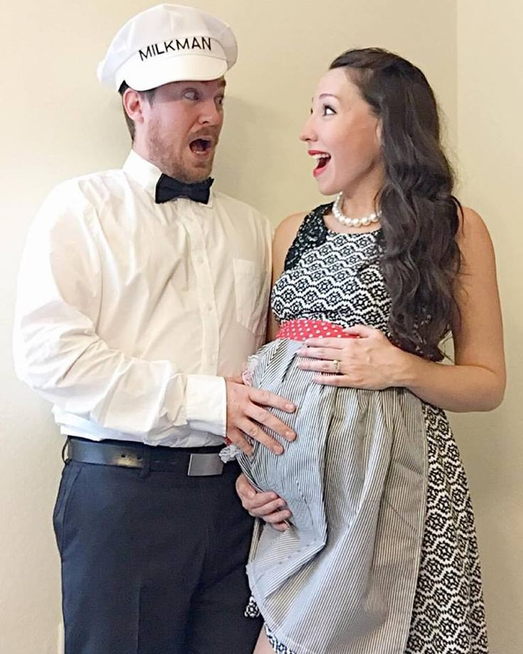 couples halloween costume while pregnant 50s housewife and the milkman - Pregnant Halloween Couples Costumes