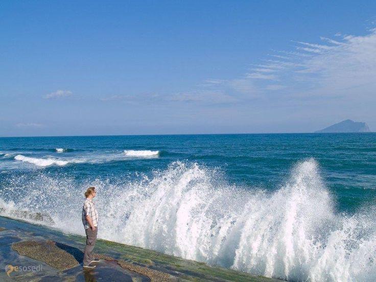 Fulong Beach – #Тайвань #Гонглайао (#TW) Очень популярный пляж с золотым песком, каких не много на Тайване.  ↳ http://ru.esosedi.org/TW/places/1000143701/fulong_beach/
