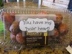 "A Valentines Day Gift for Him - Doughnut holes ""you have my hole heart"" #valentines #diy"