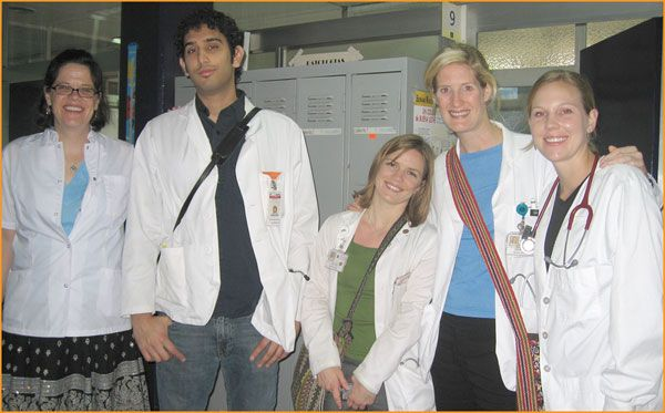 Study Spanish with Medical Shadowing.   The Medical Spanish program helps future health care professionals prepare for an ever-increasing need for Spanish skills. #ecela #medicalspanish