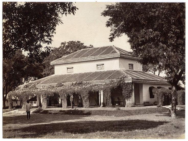 European bungalow somewhere in India c1880's - credit: James Kerr (pumpparkphotos.com)