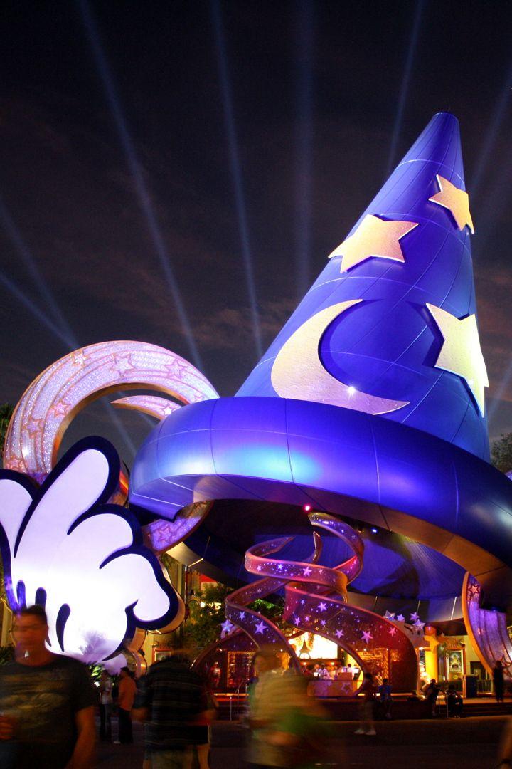 Disney's new ticket pricing system, via @POPSUGARSmart  http://www.popsugar.com/smart-living/How-Much-Do-Disney-Single-Day-Tickets-Cost-40381860?utm_campaign=share&utm_medium=d&utm_source=savvysugar via @POPSUGARSmart