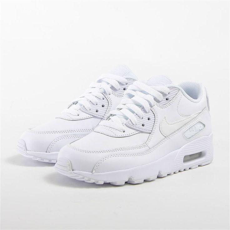 Купить женские и подростковые кроссовки Nike  AIR MAX 90 LTR (GS) (артикул: 833412/100)  в интернет-магазине Footbox. Отзывы и цены на женские и подростковые кроссовки Nike  AIR MAX 90 LTR (GS). Купить с бесплатной доставкой и примеркой по всей России.