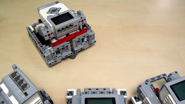 Image for Robot Design Ideas for Chassis with Mindstorms EV3. Base 5