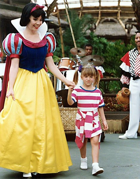 """snow white and michelle from """"full house"""""""