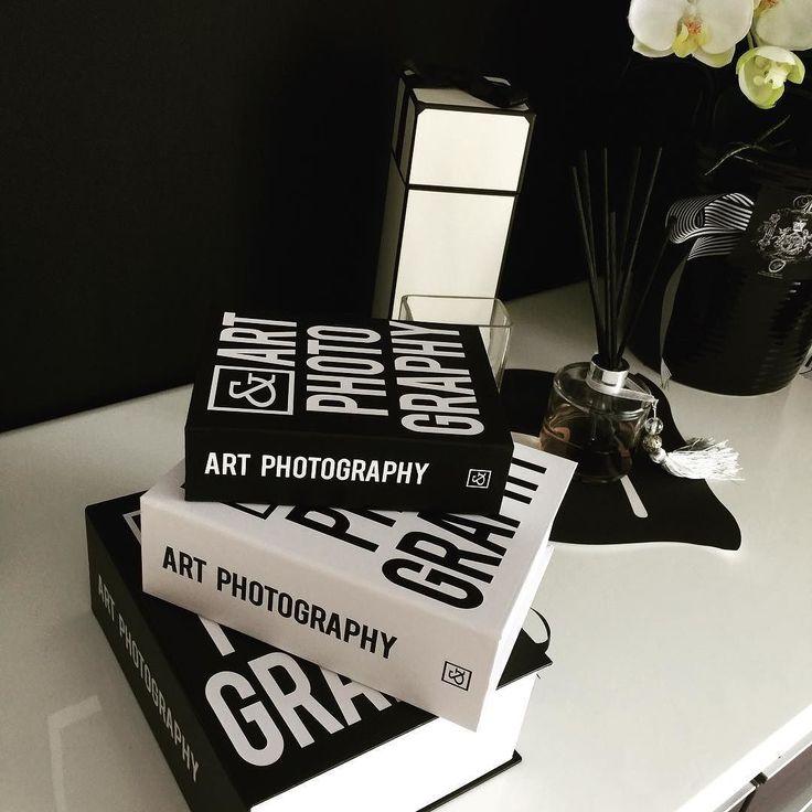 最近買ったダミーBookの中身は WiiのDVDとリモコンです() #モノトーン #ピンダイ #ダミーブック #整理収納 by teltel25
