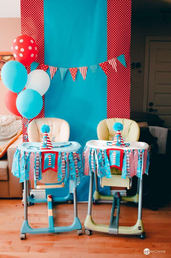 Thing 1 Thing 2 Dr Seuss 1st birthday of twins | CatchMyParty.com