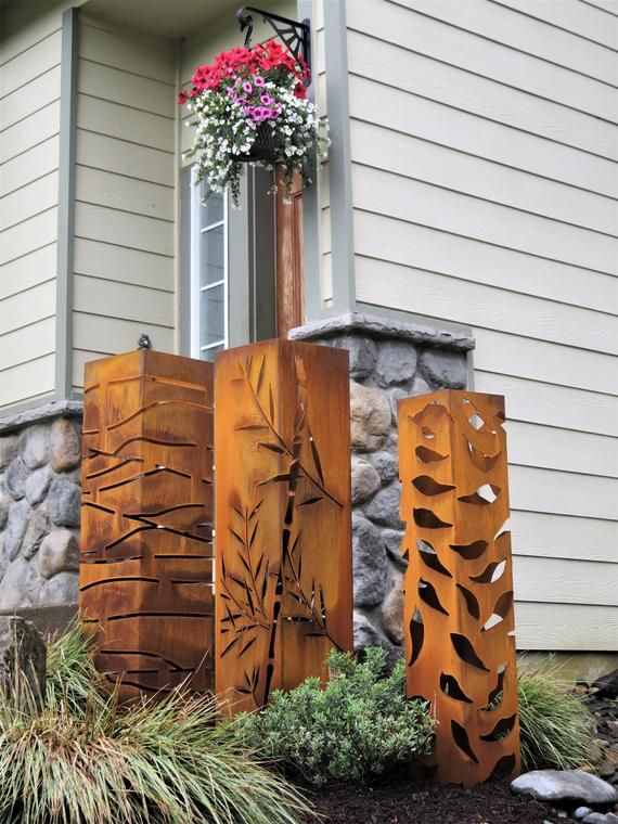 3 Large Garden Yard Columns 3 Sizes 48 Inches Tall By 12 Inches Wide 44 Inches Tall By 10 Inches 40 I In 2020 Metal Garden Art Bamboo Planter Large Garden Planters