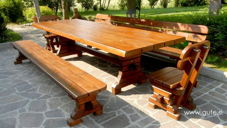 Wooden garden furniture set made out od Slovenian OAK! Go to www.gute.si