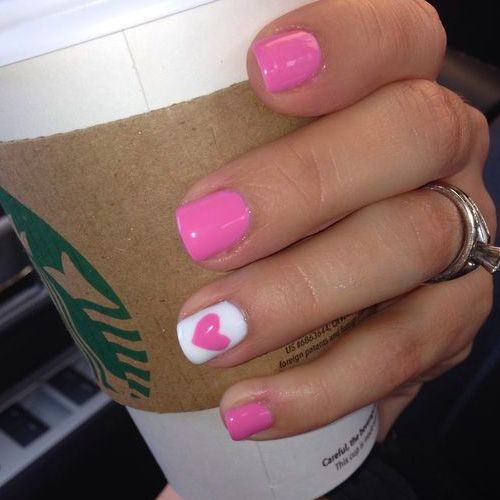 Finding the best designs for Valentine's Day is a must. You need to have your finger nails on point in anticipation for a romantic evening. Who knows, maybe someone will present you with an engagement ring on that special day! How exciting! Check out15 Nail Designs That Make Valentine's Day Worth It below! 15 Nail …
