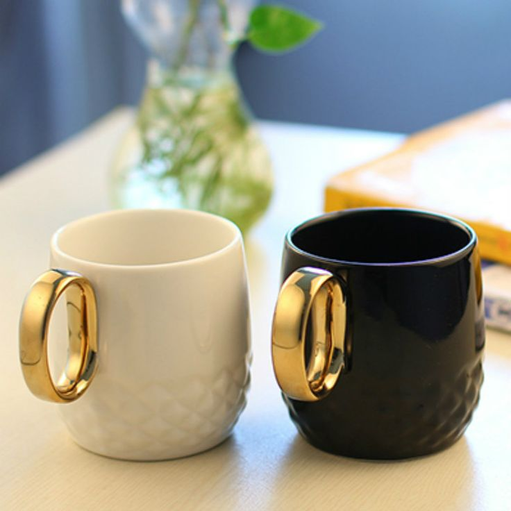 Tyrant Gold handle mug Ceramic cups Bone china travel Water cup Black and white color ceramic cute beer coffee tea cups and mugs