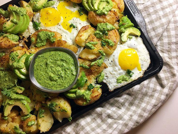 Smashed Potatoes with Fried Eggs, Avocado and Hemp Seed Pesto Recipe #RECIPE #VEGETARIAN #GLUTENFREE #NUTFREE