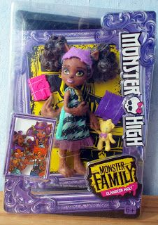 """Calaminthes """"Clawdeens Photoblog"""": REVIEW: Monster Family Pawla Wolf"""