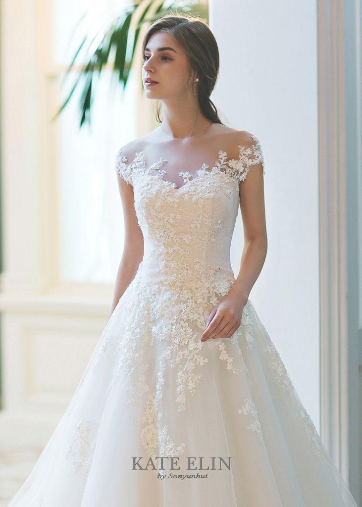 17 best images about brides on pinterest casablanca for Bridesmaid dresses for april wedding