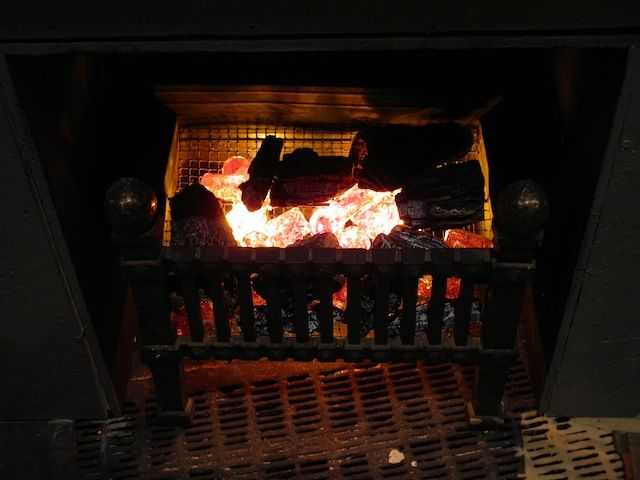 Fake fire... Great complement for a fake fireplace!