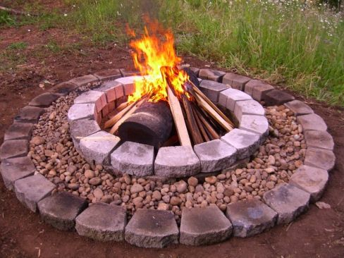 I like the gravel between the pavers. a little extra space and a safe place for embers to fall.
