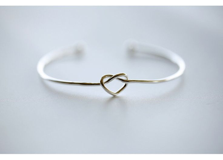 925 Pure Sterling Silver Bracelets Love Heart Bracelets Jewelry Gift Srebrna bransoletka pulsera de plata de 925SilverMolilyShop en Etsy https://www.etsy.com/es/listing/259219726/925-pure-sterling-silver-bracelets-love
