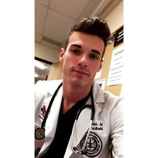 Dr. Justin | Community Post: 10 Ridiculously Hot Doctors Guaranteed To Give You A Fever