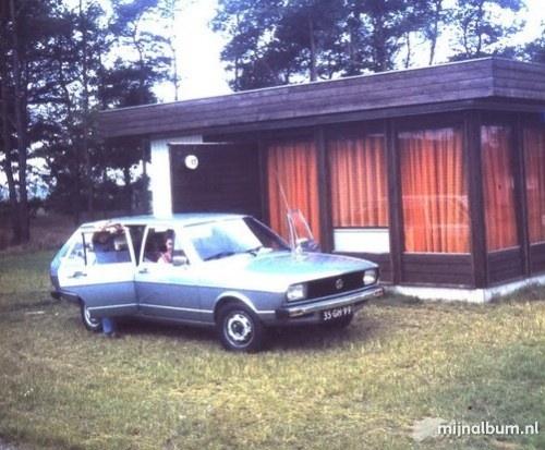 Toen heette het nog Sporthuiscentrum.....,en met de hele familie erheen, hier zakte mijn vader door de geweldige zit/slaapbank park de lommerbergen, prachtige vakantie!