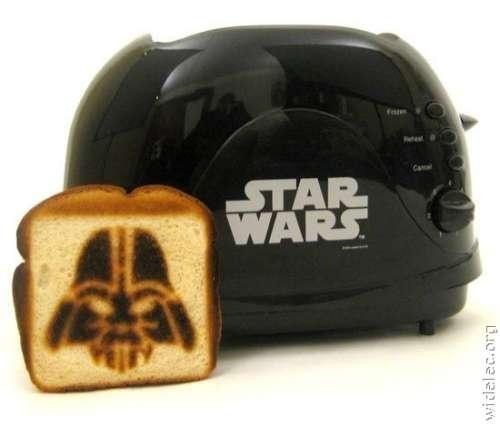 Star Wars toaster. Soo cool!