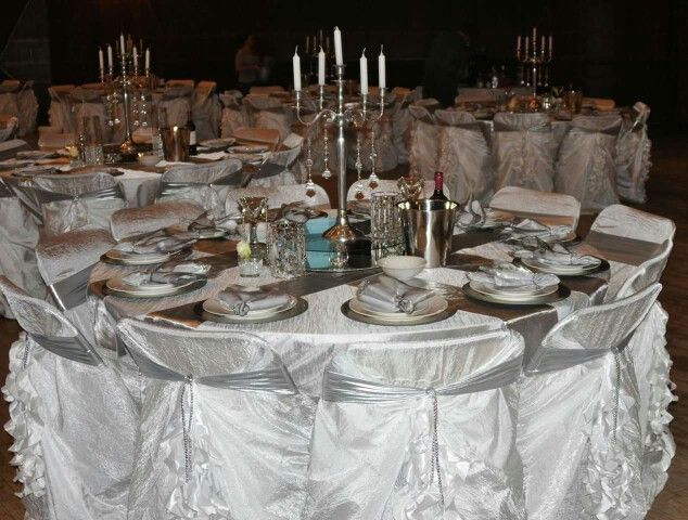 White and silver table decor