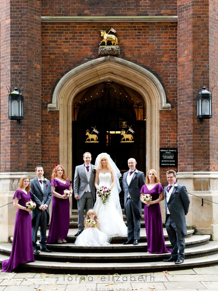 Family shoot out side Middle Temple entrance