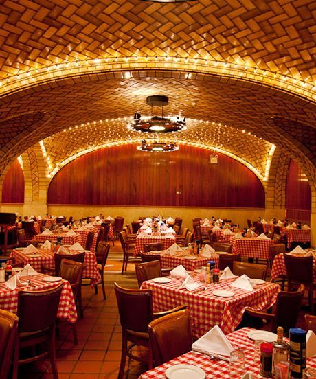 Classic New York City Hotels, Bars, Restaurants   Sometimes, newer isn't always better. We're trading in New York's latest restaurant and bar openings for some of the city's most awesome old-school haunts. #refinery29 http://www.refinery29.com/old-new-yor