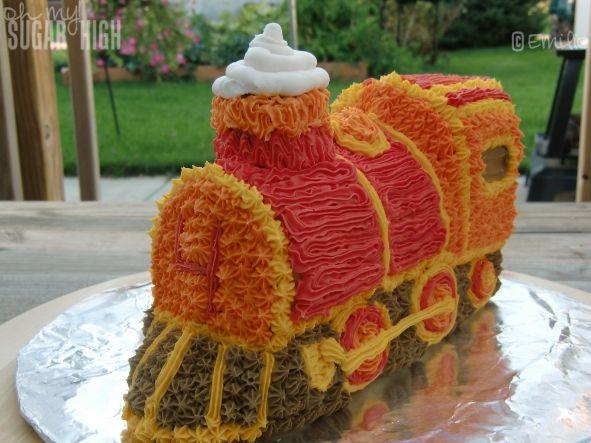 94 Best Train Birthday Cakes Images On Pinterest Petit