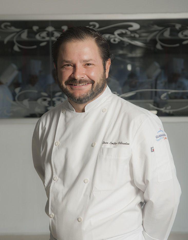 El chef Juan Emilio Villaseñor, de la Cocinoteca, será uno de los jueces del Concurso Nacional de Pinchos y Tapas, que se llevará a cabo en Guanajuato.