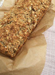 Kerniges Haferflocken-Brot ohne Mehl   danielas foodblog