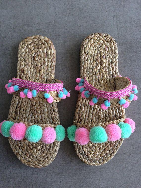 Marocco Sandals / Greek Sandals / Beach Sandals / Gift / Woman / Summer Pom Pom Sandals /Raffia Shoe