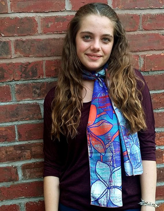 Check out this item in my Etsy shop https://www.etsy.com/uk/listing/266802022/long-floral-silk-scarf-red-and-blue