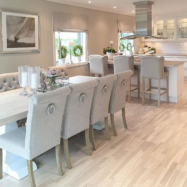 Open plan pale Kitchen and dinning room - Wooden floors