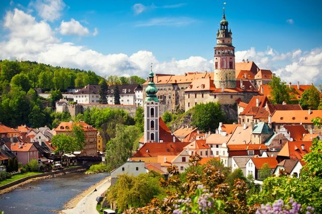 「眠れる森の美女」と呼ばれるチェコの美しい世界遺産