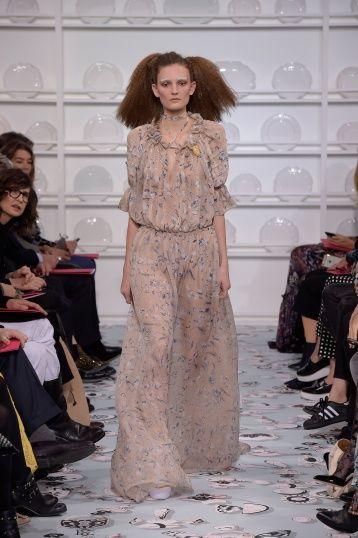 Bertrand Guyon's second Haute Couture collection for Schiaparelli - Silhouette 22