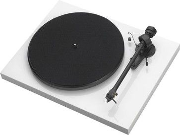 Cool modern record player for the new house