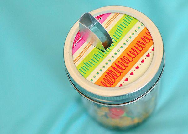 A Pour Spout on a Mason Jar! Who knew?