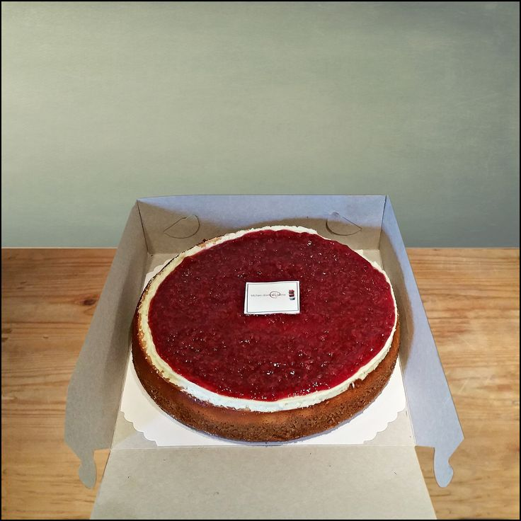 New York cheesecake! You know you just need another slice of this rich cheesecake with cherry topping