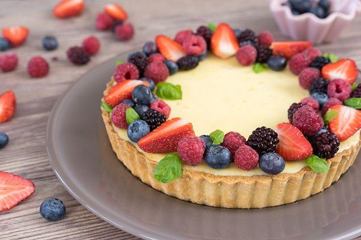 Früchte-Tarte / Cheesecake mit Fruchtkranz