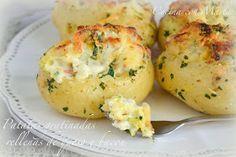 Patatas rellenas y gratinadas con queso y bacon. Receta fácil, rápida, casera y económica.