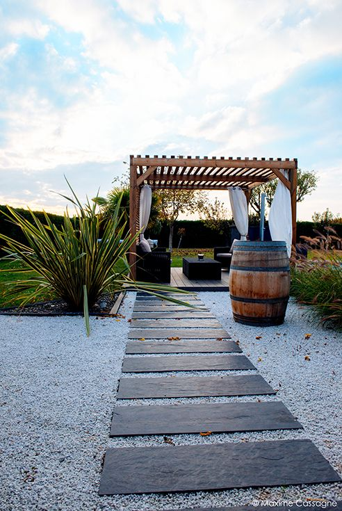 1000 id es sur le th me pallet pergola sur pinterest for Decoration jardin villa