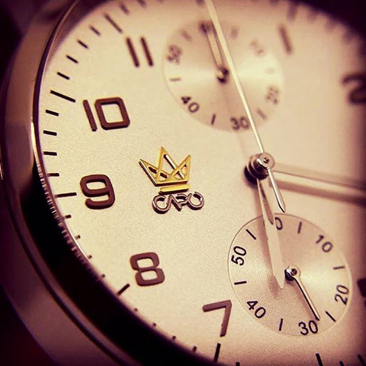 #Capotime is for me by far the best watch brand ever.  Everyone has got a Rolex but #CapoTime is much more exclusive!       #Timetowatch #mytravelgram #travelblog #europe #instapassport #traveldiaries #getaway #luxurywatches #luxurygoods #timepieces #wearables #holidaysale #blackfridaysale