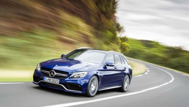 Mercedes define preço do C63 AMG norte-americano +http://brml.co/1EzIs4e