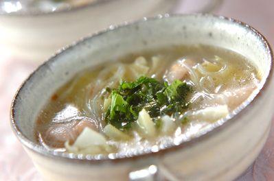 鶏と梅の春雨スープ
