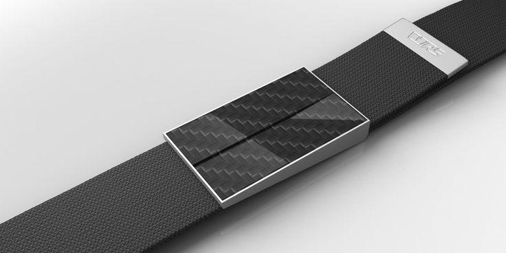 Waist belt with carbon insertion of the buckle. Shape is based on one of the specific Škoda design element | Opasek se sponou s karbonovou vložkou. Tvar je postaven na jednom ze specifických designových prvků vozů Škoda