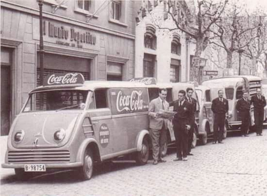 Furgonetes de la Coca Cola. Any 1955.