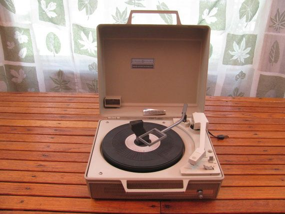 Vintage 1950s Working Portable Record Player Ge Solid