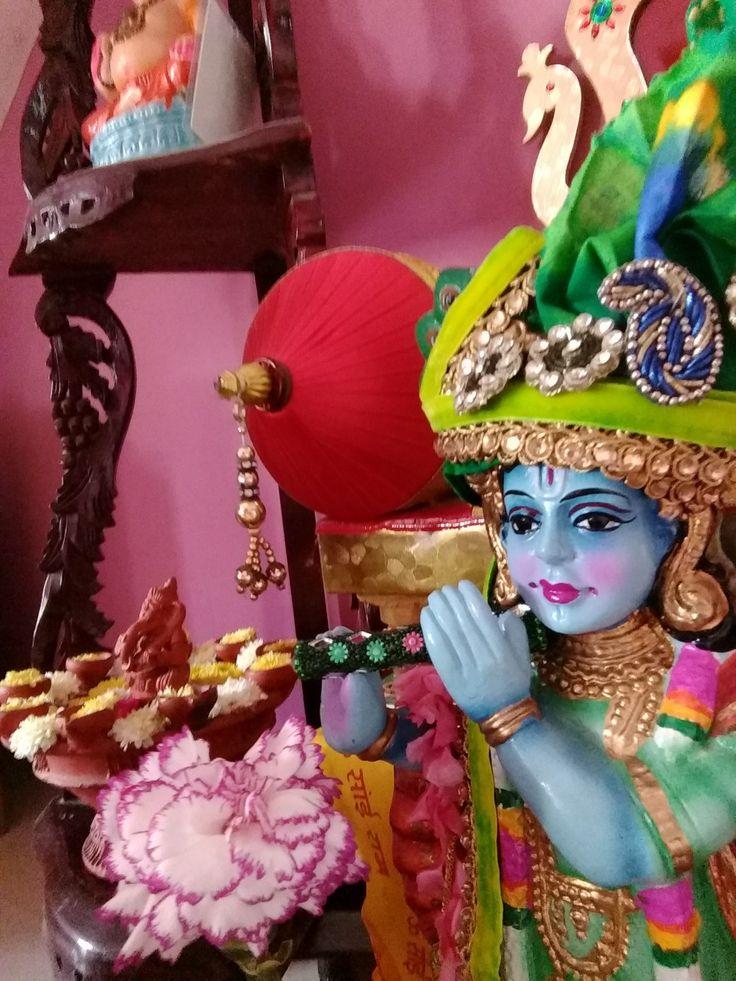 how to worship krishna at home