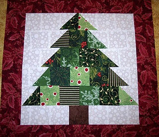 table runner for Christmas     Christmas Tree Quilt