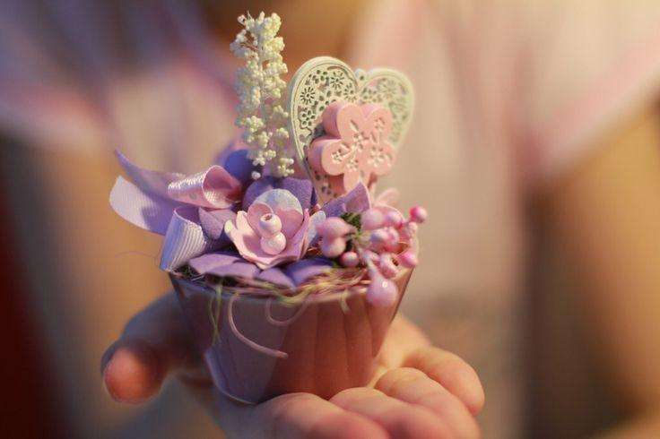 Миниатюрная цветочная композиция.